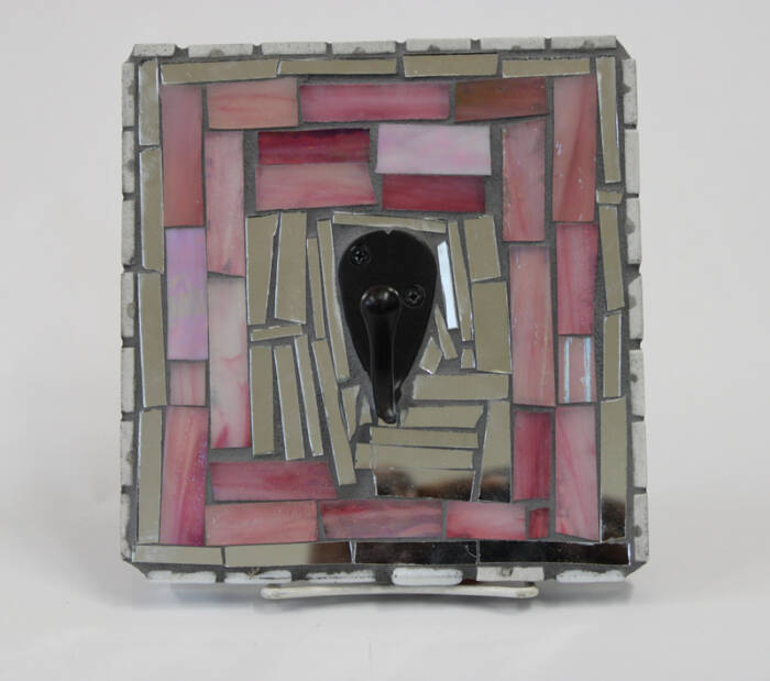 One hook mosaic with pink and mirror glass